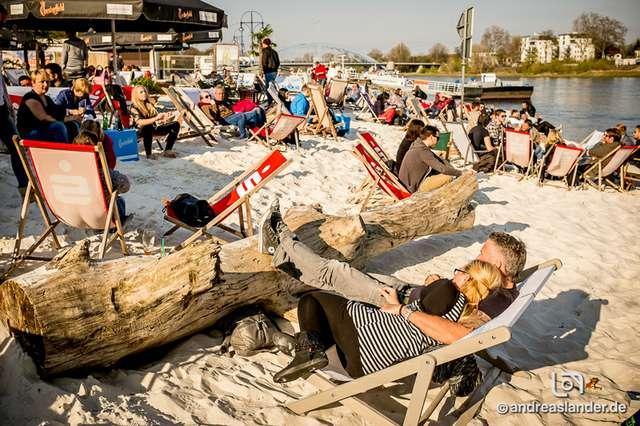 Strandbar-Eröffnung-2015_036_Foto_Andreas_Lander.jpg