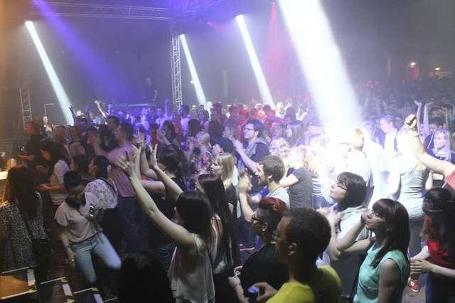 90'er Party_12_PhilippSchoener.jpg