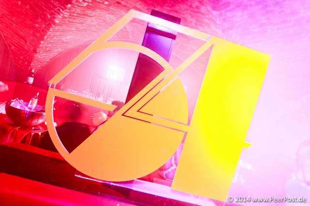 Studio54_032_Peer_Post.jpg