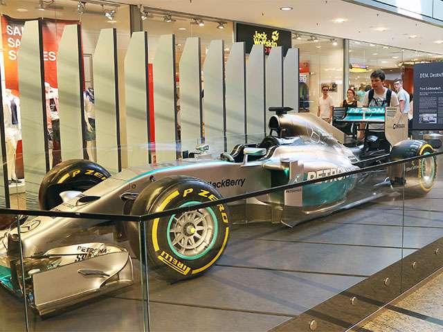 Mercedes Benz-Ausstellung