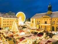 Magdeburg Weihnachtsmarkt öffnungszeiten.Leuchtende Lichterketten Weihnachtsmärkte In Magdeburg
