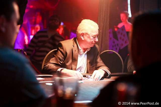 Las-Vegas-Baby_004_Peer_Post.jpg
