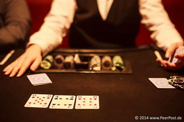 Las-Vegas-Baby_005_Peer_Post.jpg
