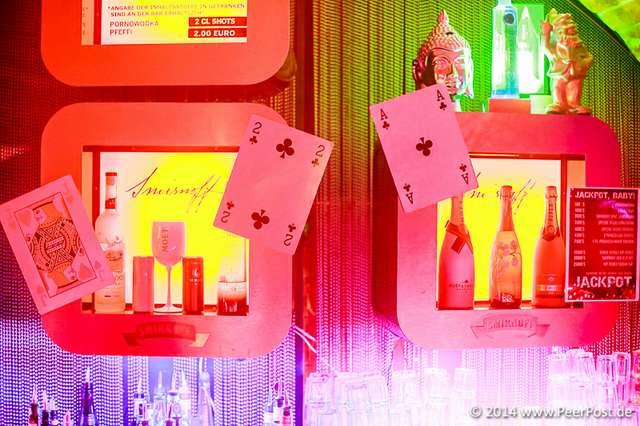 Las-Vegas-Baby_007_Peer_Post.jpg