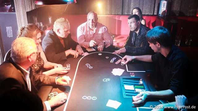 Las-Vegas-Baby_011_Peer_Post.jpg