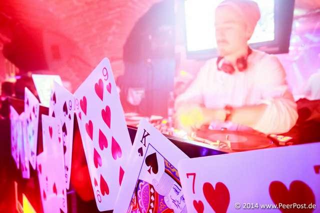 Las-Vegas-Baby_020_Peer_Post.jpg