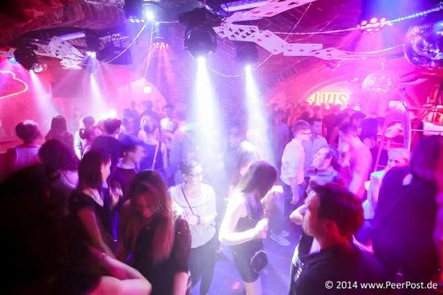 Las-Vegas-Baby_028_Peer_Post.jpg