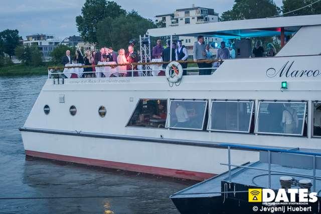 rock_the_boat_03_Huebert.jpg