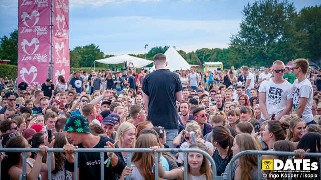 love_music_festival_2016_tag2_ikopix-5.jpg