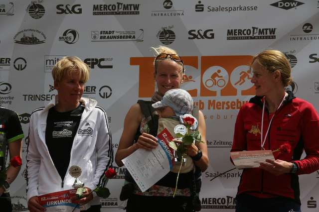 Siegerehrung beim Geiseltaltriathlon 2016