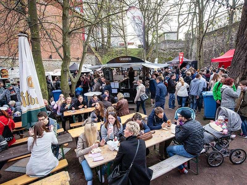 empanadas eis am stiel das street food festival sorgt auch f r abk hlung stadtmagazin dates. Black Bedroom Furniture Sets. Home Design Ideas