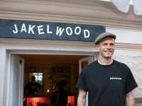 Jakelwood mit Inhaber Thomas Buch