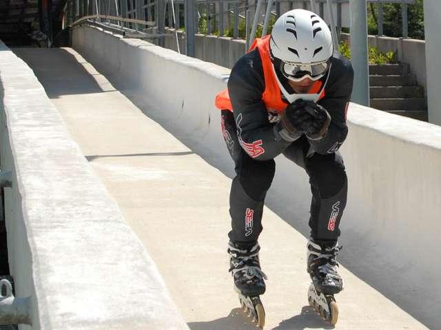 Falko Quinger fährt Speedskate