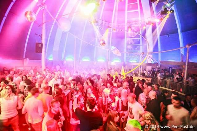 Saturday-Night-Club_009_Peer_Post.jpg