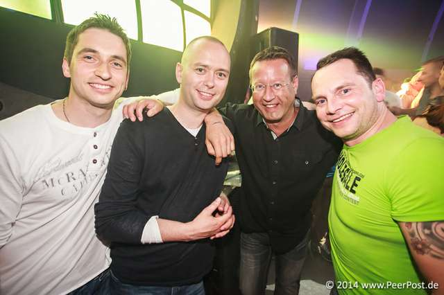 Saturday-Night-Club_012_Peer_Post.jpg