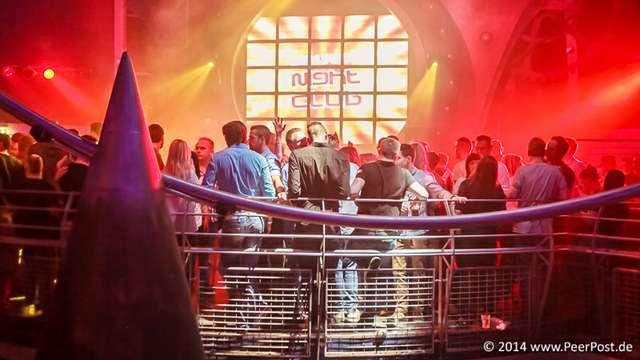 Saturday-Night-Club_030_Peer_Post.jpg