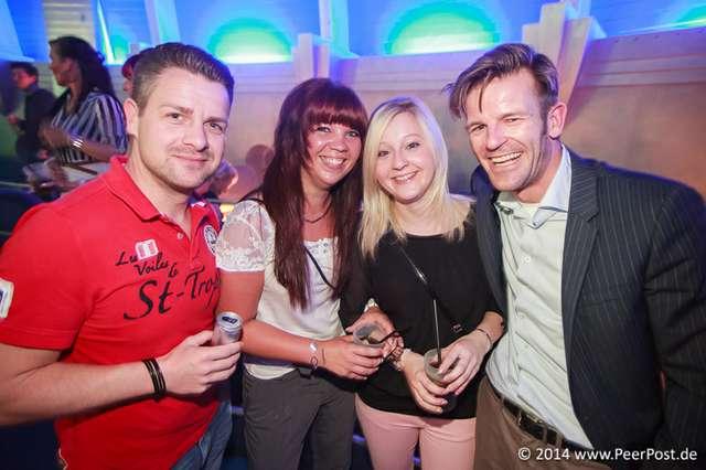 Saturday-Night-Club_032_Peer_Post.jpg