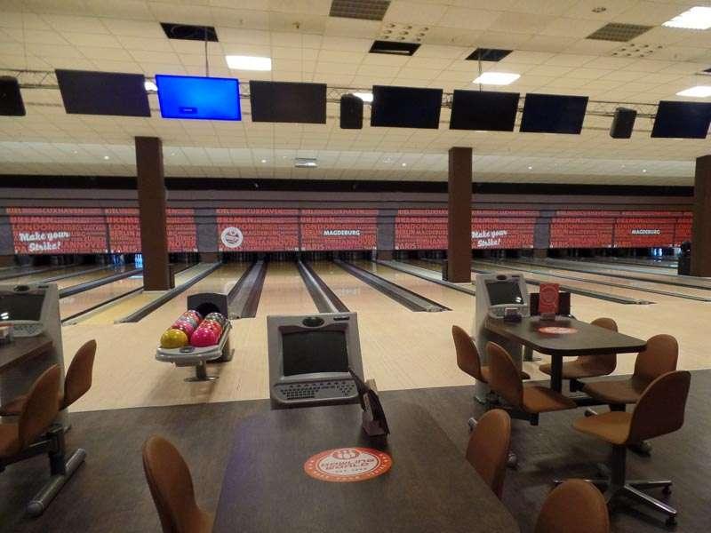 20 jahre bowling world keine ruhige kugel schieben stadtmagazin dates. Black Bedroom Furniture Sets. Home Design Ideas