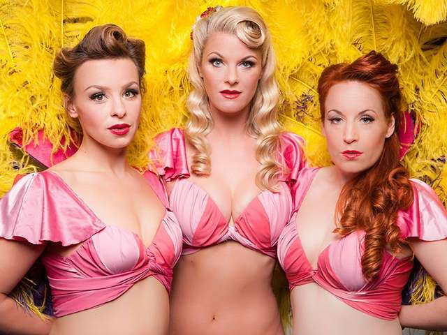 Firebirds Burlesque Show - The Pearlettes