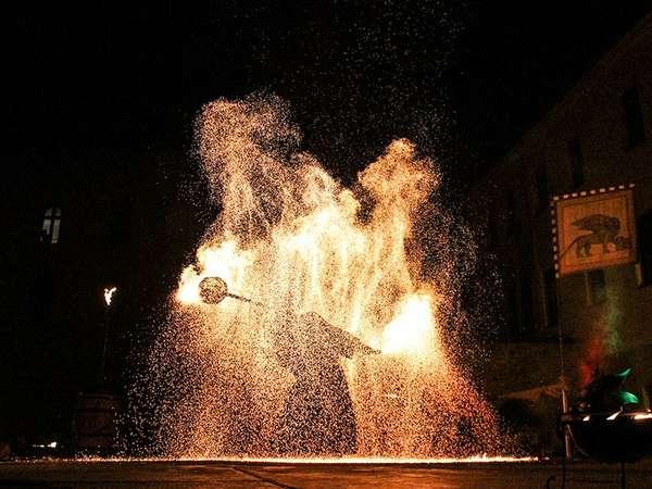 Kaiser-Otto-Fest Freaks on Fire