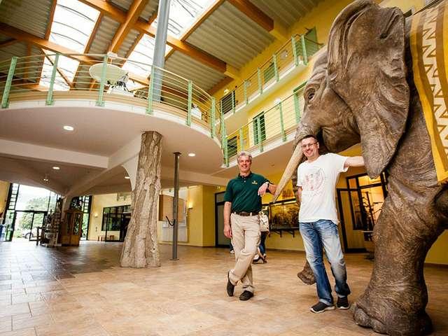 Zoodirektor Kai Perret und Veranstalter Christian Reinhold