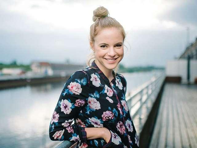 Julia Engelmann liebt Poesie und singt dazu