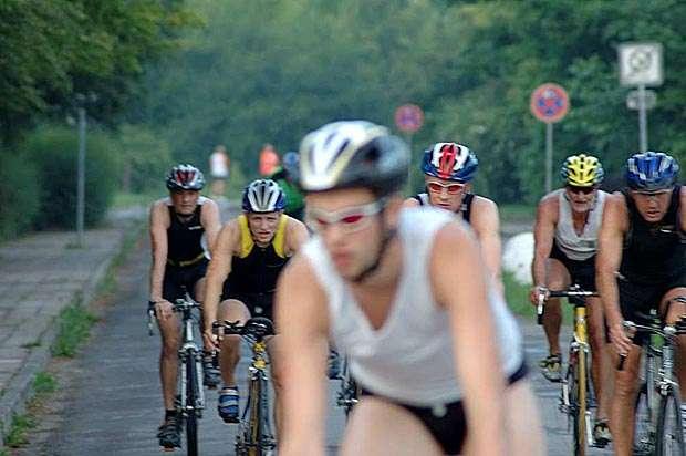Uni-Triathlon