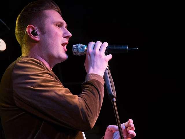 Sänger Sebastian Rätzel lädt wieder zum Homecoming-Konzert mit Freunden ein