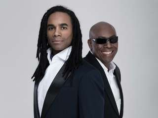 "Milli Vanilli Experience performen Hits wie ""Girl you know it's true"""