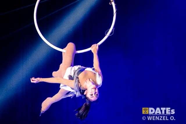 circus-oon-ice-607-(c)-wenzel-oschington.jpg