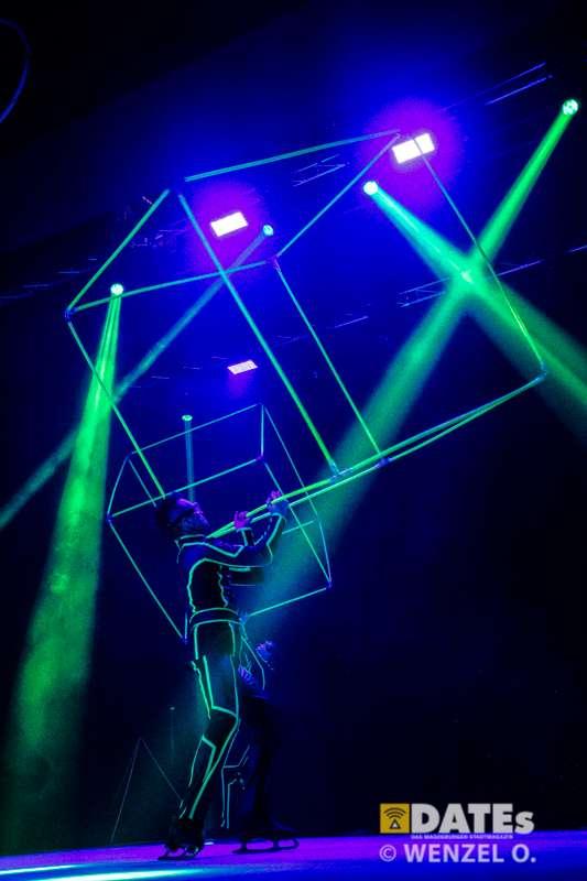 circus-oon-ice-617-(c)-wenzel-oschington.jpg
