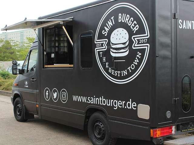 Saint Burger Foodtruck rollt mit seinen Burgern durch die City