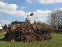 Osterfeuer beim Hopfegartenverein