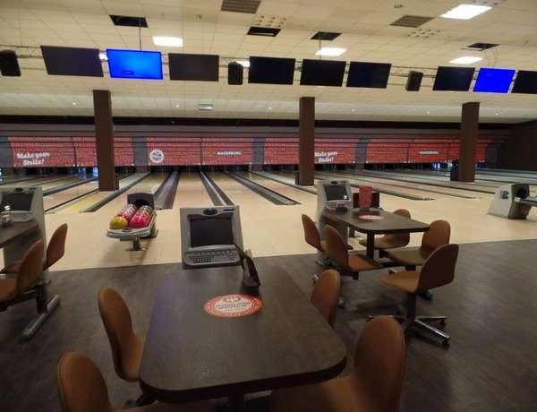Bowling World Magdeburg.jpg