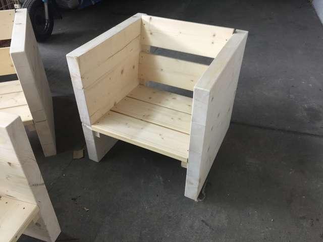 Strandbar Reopening - neue Möbel