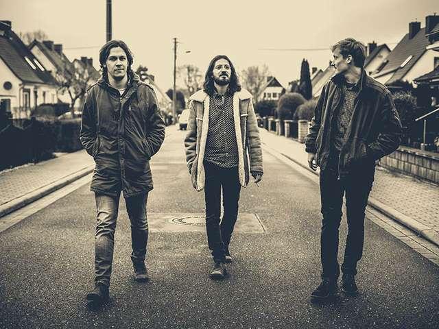 Das Trio Elephant's Foot glänzt aktuell mit coolem Video und erster EP