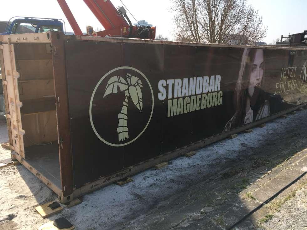 Strandbar Re-Opening: Die Container stehen
