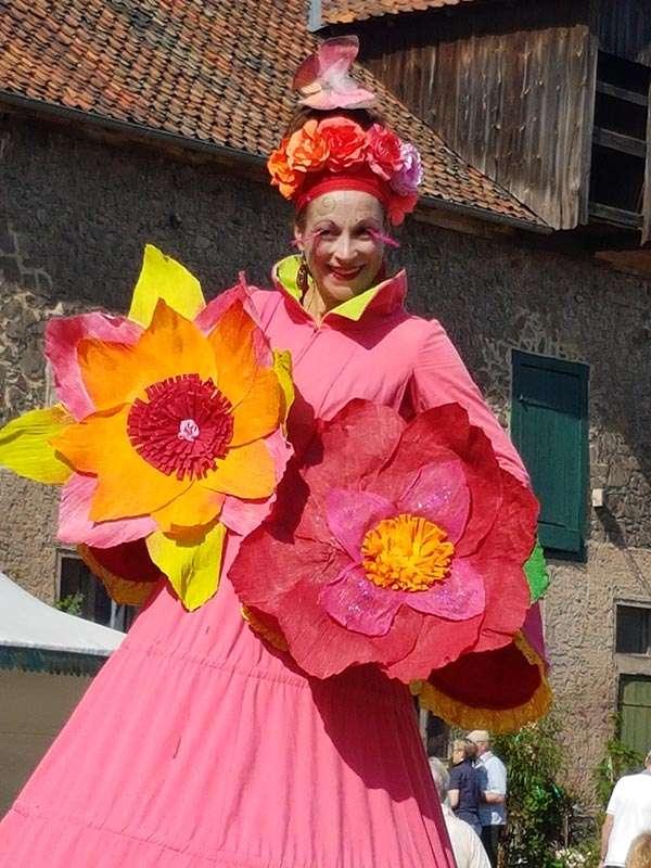 Gartenträume Hundisburg - Blumenmädchen