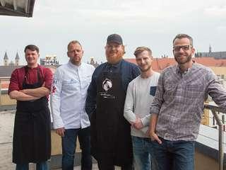 High Kitchen: Chef Denny Mette (rechts) mit den Gastköchen