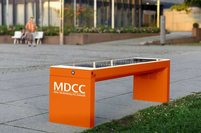 Smartbench orange MDCC