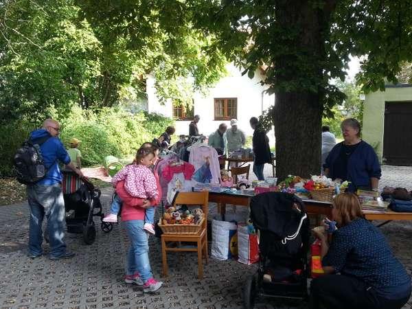 Kinderflohmarkt-Briccius (c) Annelie Hollmann.jpg