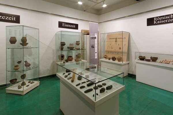 Archaeologie_Kleiner_Saal_3.jpg