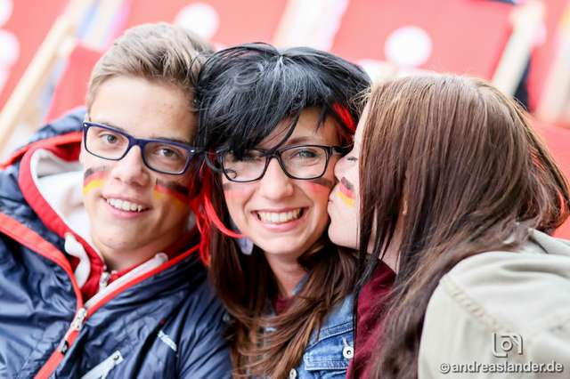 Fußball-WM-2014-Public-Viewing-Strandbar_14_Foto_Andreas_Lander.jpg