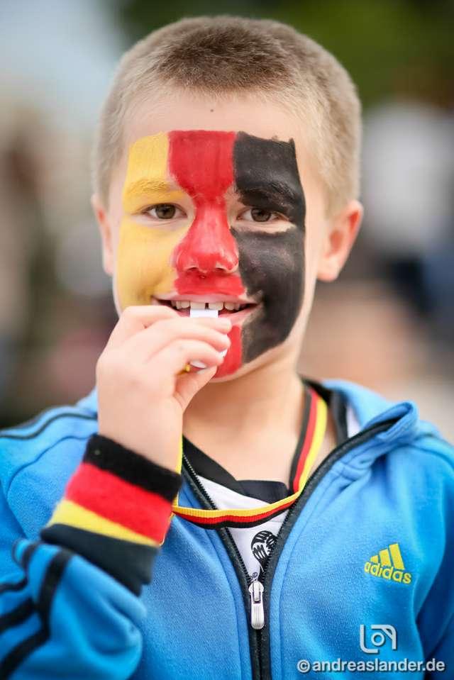 Fußball-WM-2014-Public-Viewing-Strandbar_02_Foto_Andreas_Lander.jpg