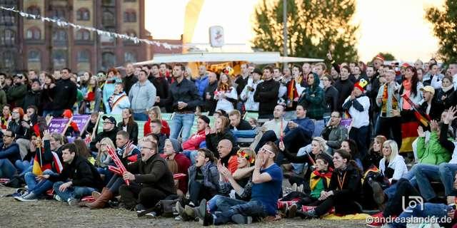 Fußball-WM-2014-Public-Viewing-Sommerluft_15_Foto_Andreas_Lander.jpg