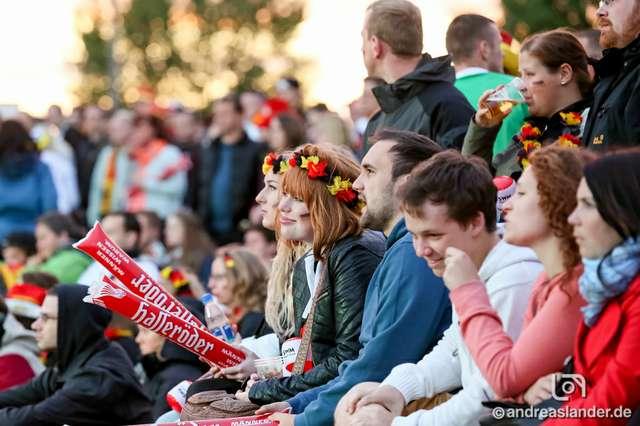 Fußball-WM-2014-Public-Viewing-Sommerluft_14_Foto_Andreas_Lander.jpg