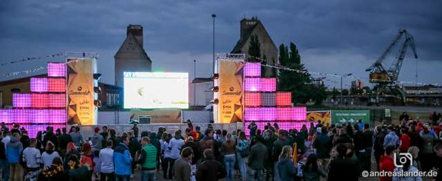 Fußball-WM-2014-Public-Viewing-Sommerluft_25_Foto_Andreas_Lander.jpg
