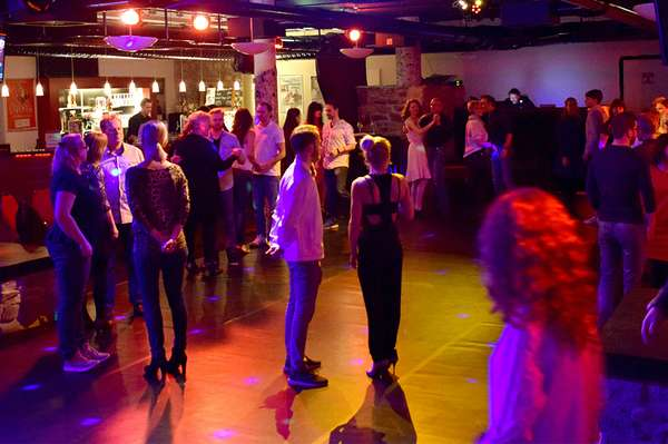 Salsa_Abend_©_Anne_König.jpg