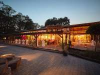 Africambo Lodge im Zoo