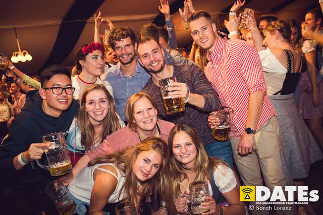 Mueckenwiesn-2018-Studentenwiesn-mit-Willi-Herren_008_(c)_Sarah-Lorenz.jpg